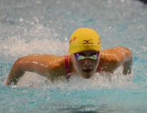 水泳・西田