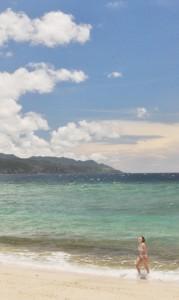 全国で最も熱い日となった奄美市の大浜海浜公園140703