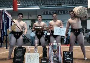無敗で団体優勝に貢献した鳥取城北の廣尾主将(写真左端)=提供写真