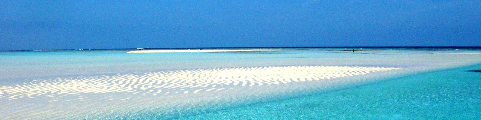 与論島-百合ヶ浜、それは海の中の幻の砂浜・・・