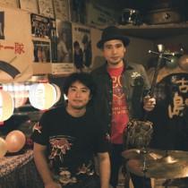 「川畑兄弟」の川畑アキラさん(右)と智史さん