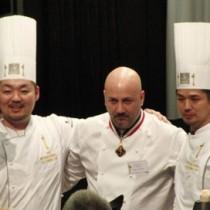 魚部門最優秀賞に選ばれた日本代表チーム。写真左が高田さん=1月24日、フランス(提供写真)
