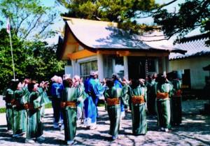 県指定文化財として指定するよう答申された「伊仙町の目手久立踊」(提供写真)