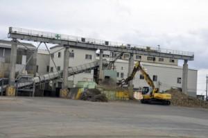 ◎前期比微増の32万5千㌧/大型製糖5社・キビ搬入実績