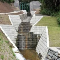 奄美豪雨災害を受けて整備した脇之戸川砂防ダム=奄美市住用町城