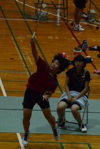 バドミントン女子シングルスを制した直崎京花=23日、桜島総合体育館