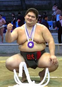 個人、団体2部で優勝した日大職員の坂元(提供写真)