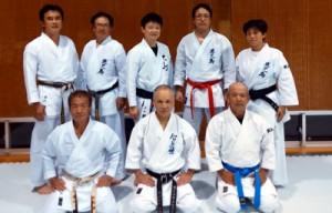 マスターズ空手道大会に出場する選手たち(提供写真)