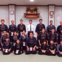 少年剣道教育奨励賞に選ばれた名瀬剣道スポーツ少年団(提供写真)