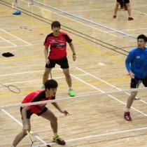 奄美キャンプをスタートさせた韓国ナショナルチームの選手たち=17日、奄美市の名瀬総合体育館