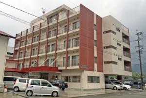 30戸の居室を備えた高齢者サービス付き住宅「ゆとりあん」=5日、奄美市名瀬小浜町