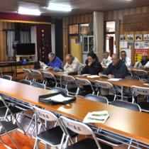 来期の収穫に向けた管理方法について説明があったタンカンの栽培研修会=25日、徳之島町