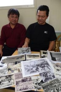 会誌作成に取り組む(右から)前川会長と東江さん。会員らの写真収集を進めている
