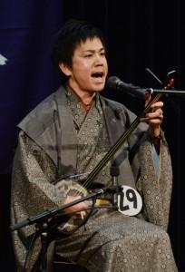 島唄大賞を射止めた壮年の部優勝の前山真吾さん