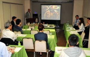 島々の連携強化などの提言も寄せられたデザインキャラバン成果報告会=19日、奄美市名瀬