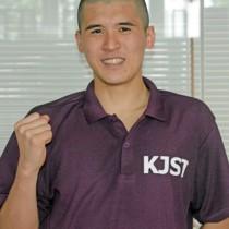 15~18歳の男子平泳ぎ50㍍で優勝した長田虎太朗