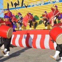 多彩なステージで盛り上がったほーらい祭=31日、伊仙町