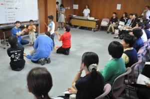 小学部の体験学習があった特別支援教育合同研修会=3日、天城町