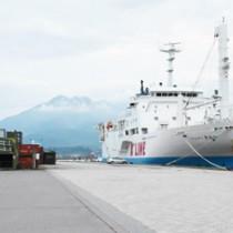県が客船の受け入れを計画している鹿児島港本港区の北埠頭=21日、鹿児島市