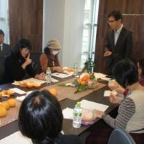 奄美産「津之輝」について意見を聞いたグループインタビュー=16日、東京・有楽町