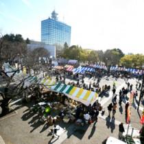 今年もにぎわった〝とくの島〟観光・物産フェア=19日、東京・代々木公園