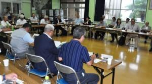 文化財の保護・活用について意見や情報を交換した研修会=14日、知名町