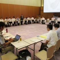 喜界島でのアリモドキゾウムシ根絶事業新方針を了承した農水省検討会=26日、鹿児島市