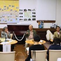 島尾敏雄やヤポネシア論について熱く語ったリレートーク=21日、神戸文学館