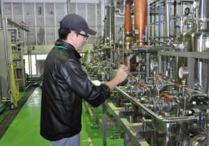 正式な開発研究に期待を膨らます町田酒造製造開発本部研究開発室の谷山健弘室長代理