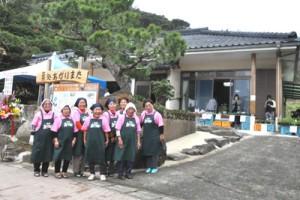 四季折々の料理や茶菓子などを提供する施設としてオープンした「茶処 あがりまた」=2日、天城町当部