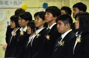 68人が決意を新たにした奄美看護福祉専門学校の入学式=13日、奄美市名瀬