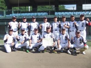 昨年の九州還暦野球県予選で優勝した奄美島人