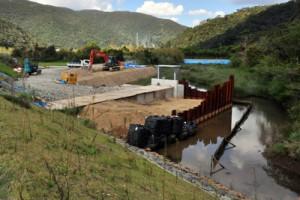 石原地区の排水施設整備現場=20日、奄美市住用町