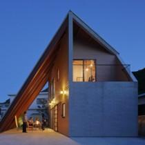 GD賞を受賞した「大屋根の家」(酒井建築事務所提供)