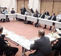 候補地の包括的管理計画を了承した奄美・沖縄の世界自然遺産候補地地域連絡会議=21日、那覇市