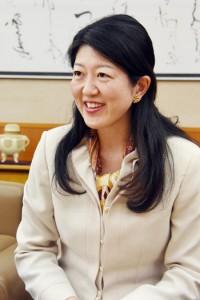 中村かおり副知事インタビュー190107鹿