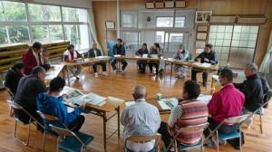 加計呂麻島の創生基盤づくりを目指す合同会社設立方針を確認した総会=1月27日、瀬戸内町瀬相(提供写真)