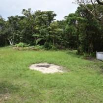環境省が展望台の整備を計画している湯湾岳の山頂近くの広場=15日、大和村