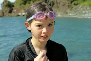 アリシャさんが出演した「アリシャ(夏)」のワンシーン(提供写真)