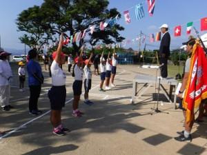 児童6人が元気いっぱいに練習の成果を披露した運動会=6日、西阿室小