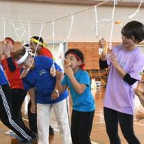 15種目で交流を深めた福祉スポーツ大会=15日、徳之島町亀津