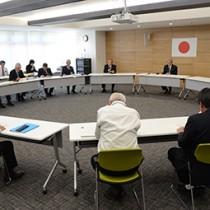 今後の対応について情報共有した第5回会合=21日、奄美市名瀬