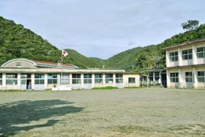 4月から休校する秋徳小中学校