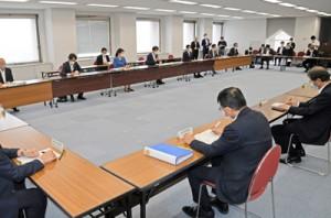県の対応を決定した対策本部会議=5日、鹿児島市の県庁