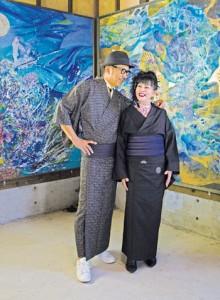 すずきさん(右)、サトウキビ農家の栄秋久さん