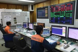 119番通報を受理する通信指令室=大島地区消防組合消防本部(資料写真)
