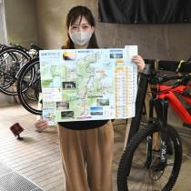 龍郷町がこのほど製作した「龍郷サイクリングマップ」=5日、同町浦